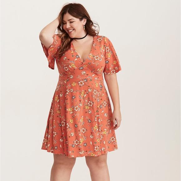 torrid Dresses & Skirts - Torrid Orange Floral Midi Dress Size 0X